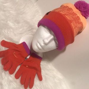 Nike Youth Beanie with Pom And Matching Gloves